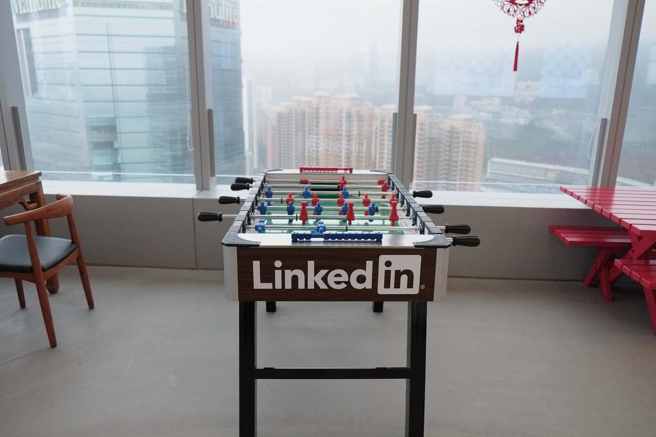 10 tips on how to get the most out of your Linkedin profile